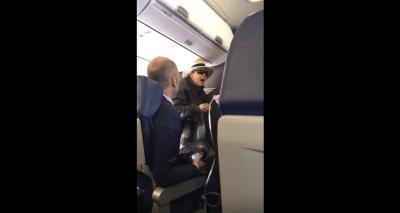 Mujer amenaza con matar a todos los pasajeros de un avión si no le permitían fumar