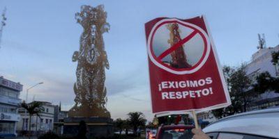 Ciudadanos exigen retiro de la escultura 'Sincretismo' en Guadalajara