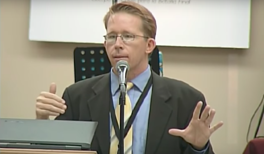¿Quién es Alex Backman? El 'vidente' que predice los sismos (VIDEO)
