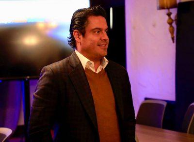 Aristóteles Sandoval inicia gira en EU en las instalaciones de Facebook