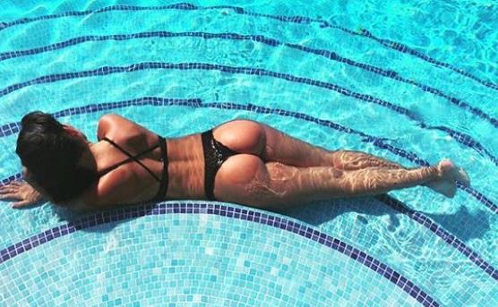 Novia de 'CR7' impacta con tangas que dejan expuestos sus encantos (FOTOS)