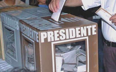 Tras revocar los cambios para acelerar conteo de votos, INE busca alternativa