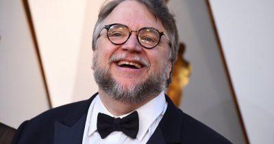 """""""Soy inmigrante"""" Guillermo Del Toro tras ganar el Oscar a Mejor Dirección (VIDEO)"""