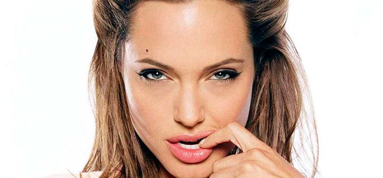 Angelina Jolie reemplaza a Brad Pitt con este sexy galán (FOTOS)