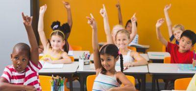 Entrar tarde a la escuela puede mejorar el rendimiento de los niños