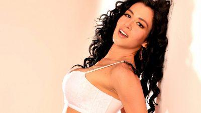 'Diosa Canales' revienta redes con ceñido atuendo que hace lucir sus encantos (FOTOS)