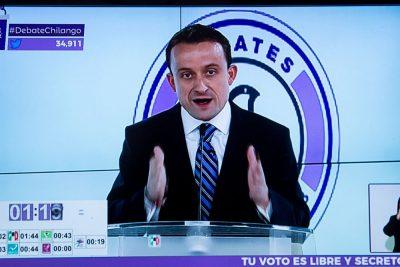 Mikel Arriola se 'ata la soga al cuello' en el primer debate por la CDMX