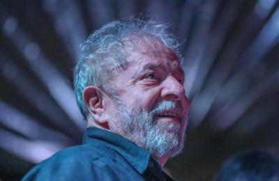 Comparan a AMLO con Lula Da Silva y le piden no 'tropezar con la misma piedra'