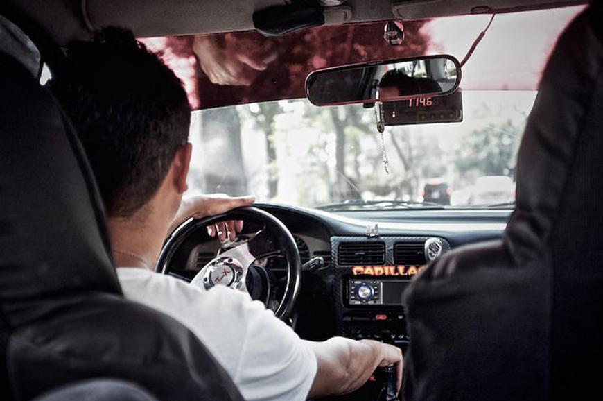 Choferes de Uber pueden trabajar si ya iniciaron trámite de registro