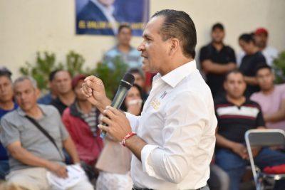 Almaguer se compromete a mejoras en el Rastro de Guadalajara