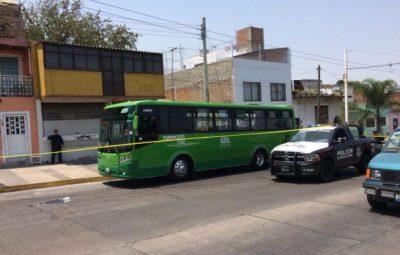 Balacean a chofer de ruta 622 en Guadalajara