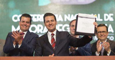 EPN explica las mejoras en la Ley General de Mejora Regulatoria