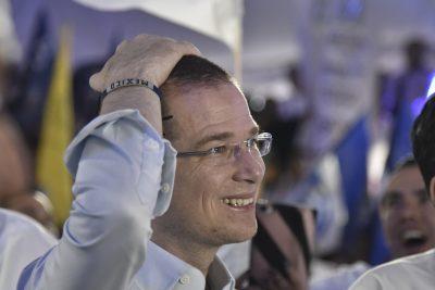 Expresidenta del PRD renuncia al partido y se lanza contra Anaya