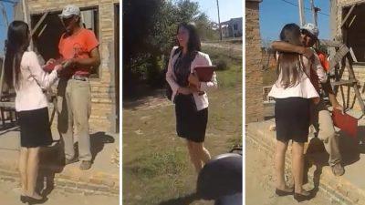 Rompe en llanto al mostrarle su título universitario a padre albañil (VIDEO)