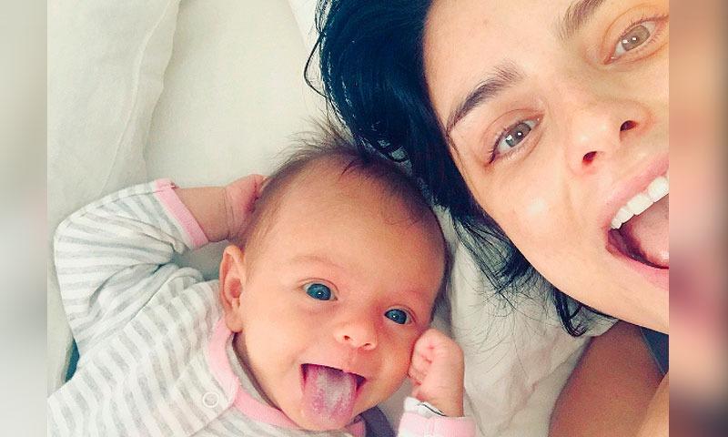 Hija de Aislinn Derbez conmueve a internet por su apoyo a la Selección (VIDEO)