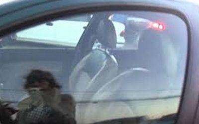 Pequeña de 2 años pierde la vida por estar encerrada en un auto