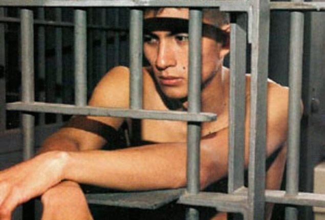 Mujer que cambió de sexo comete delito; termina en cárcel de varones