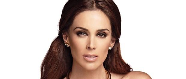 Jacqueline Bracamontes convulsiona redes con triste noticia de su embarazo
