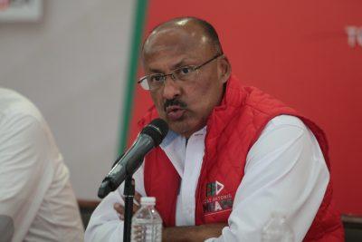 René Juárez renunciaría a dirigencia del PRI en próximos días