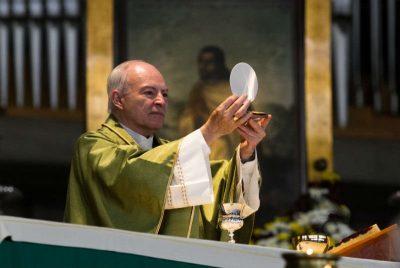 Arquidiócesis pide evitar confrontaciones políticas en gobierno de AMLO