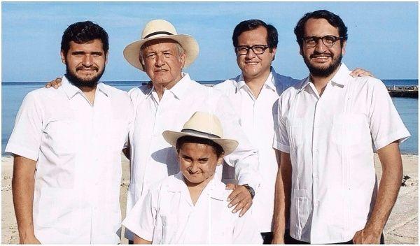 ¿Quién es quién en la familia de Andrés Manuel López Obrador? (FOTOS)