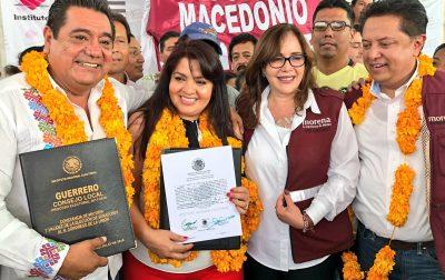 Entregan constancia de mayoría a Nestora Salgado como senadora