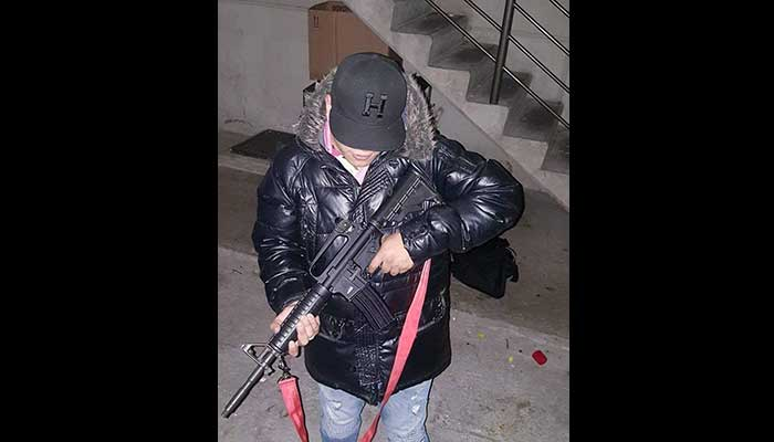 Delincuente millennial presume robos, armas y drogas en redes sociales (FOTO)