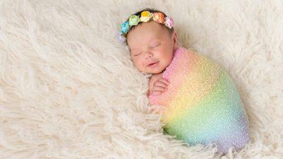 <i>Porque después de la tormenta, llega el Sol</i>: quiénes son los bebés arcoíris