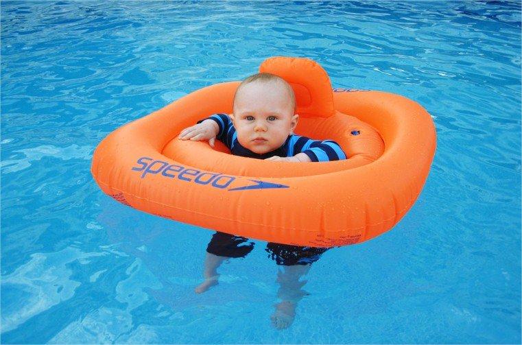 ¿Cómo se relacionan la adicción al celular y los niños ahogados en piscinas?