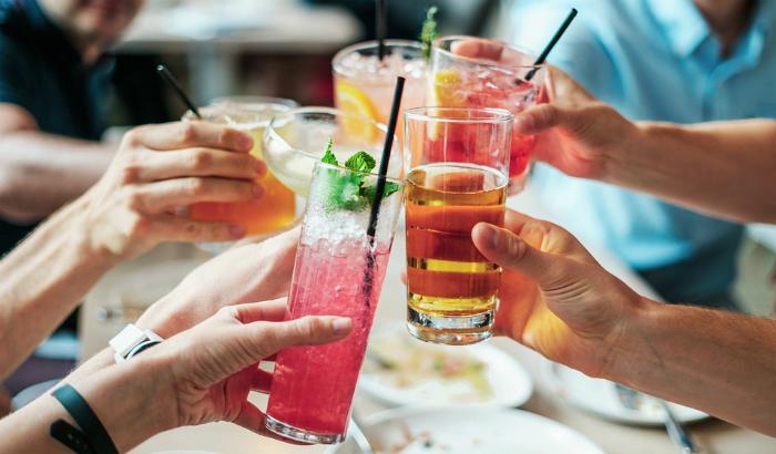 Estas son las bebidas alcohólicas que tienen más calorías