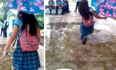 Estudiante hace el ridículo al intentar enseñar cómo se camina de manera sensual