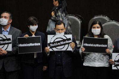 <i>Quesque para evitar el mayoriteo</i>: diputados impugnan 'ley mordaza'