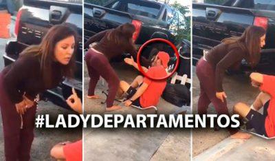 Mujer ataca a golpes e insultos a un joven con discapacidad (VIDEO)