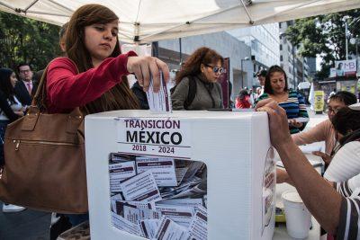 Morenistas se mocharon de a 7 mil para consulta. Noticias en tiempo real