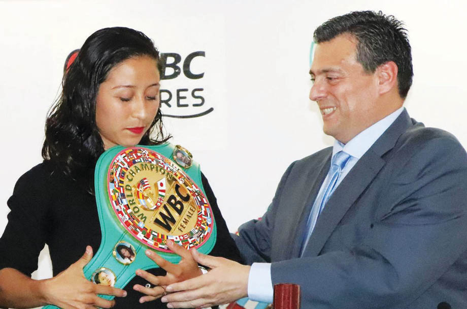 ¡Orgullo nacional! La Niña es campeona mundial de boxeo