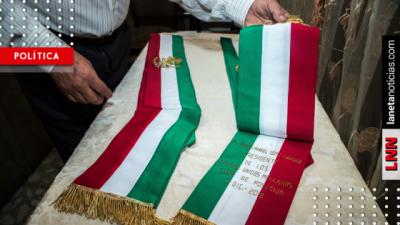 Conoce el significado de los símbolos en las tomas de posesión en México