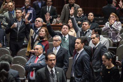 <i>¡Ahorro al erario!</i> Morena propone eliminar a diputados plurinominales
