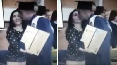 Graduado se hace viral por despreciar a su maestra tras besarla en la boca