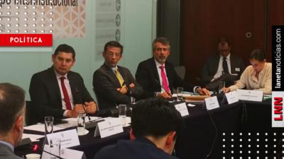 Armenta se reúne con representantes financieros: abordan comisiones bancarias