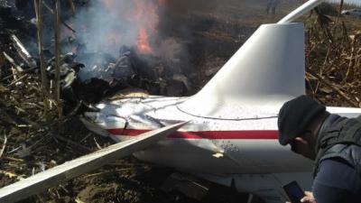 Se calientan los ánimos en las redes con debate por accidente aéreo en Puebla