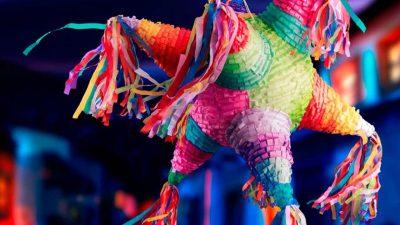 Conoce el origen de las piñatas, el artículo que no puede faltar en Navidad