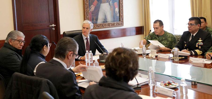 Alfredo del Mazo encabeza reunión sobre seguridad para 32 regiones de Edomex