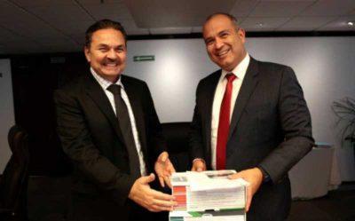 <i>¿Será?</i> Nuevo director de Pemex promete acabar con la privatización