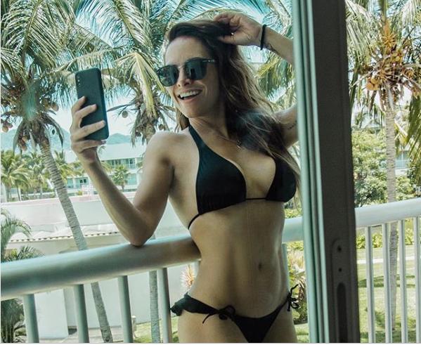Fabiola Campomanes remarca el tesorito en sensual traje de baño (FOTO)