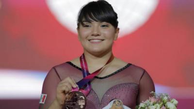 ¡Orgullo nacional! Alexa Moreno clasifica a la final mundial de salto de caballo
