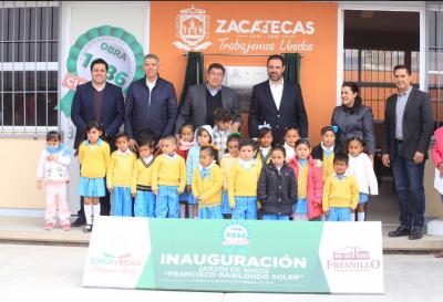 Alejandro Tello entrega obras en jardín de niños Francisco Gabilondo Soler