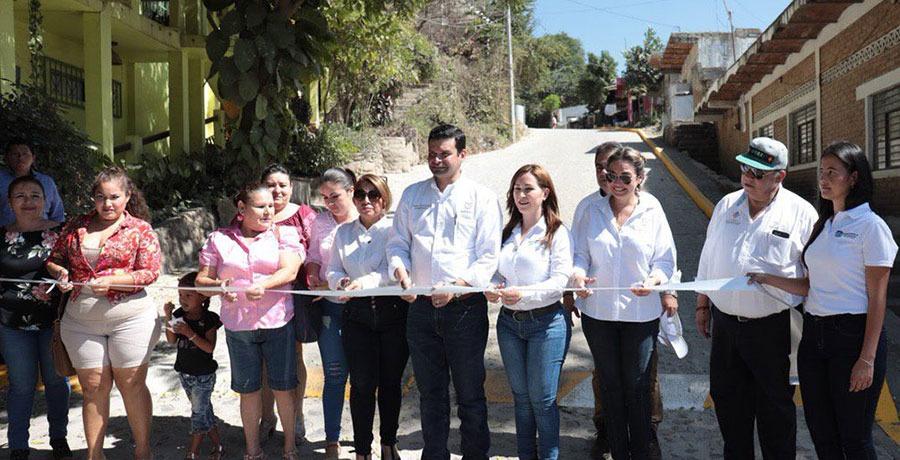 Antonio Echevarría recupera espacios públicos en Nayarit