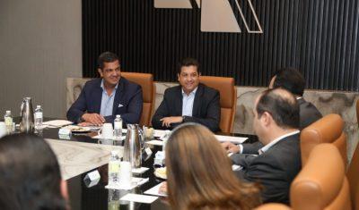 Francisco Cabeza de Vaca y SAT afinan proyectos en favor del comercio exterior. Noticias en tiempo real