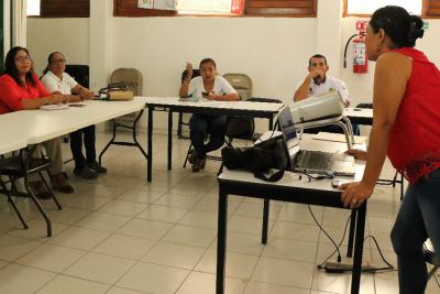 Carlos Joaquín ordena continuar con profesionalización de trabajadores del estado