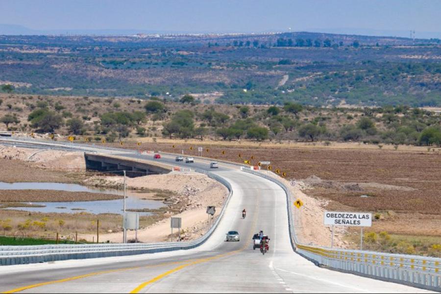 Sedena inaugura carretera en Guanajuato